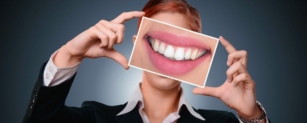 Heard that dental implants are painful? 5 facts your dental team wants you to know